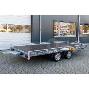 verhuur autotransporter vloermaat 406x200 netto laadvermogen 2000kg, (BE rijbewijs) 2 dagdelen