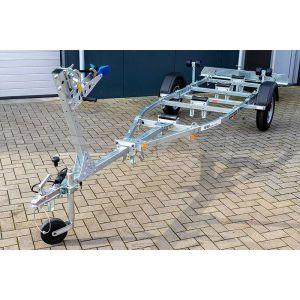 """Sportboottrailer basic 600-50 K kantelbaar 500x160 (lxb), bruto 600kg (450 netto), met glijplanken pakket (ook voor schroefas), banden 13"""", enkelas"""