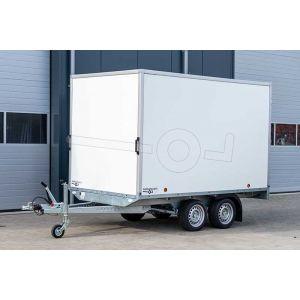 Gesloten plateauwagen 307x180x188 (lxbxh), bruto 3000kg, witte PPL wanden en 2 deuren achter, tandemas geremd