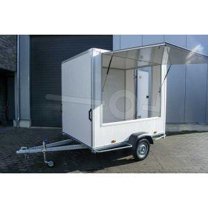 Verkoopwagen casco 257x150x200cm (lxbxh), bruto 750 kg, wanden wit glad plywood, 1 deur achter, grote verkoopklep zijkant, enkelas