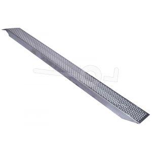 Oprijplaat per stuk, lichtgewicht aluminium 250x26, max. draagvermogen 500kg, rechte uitvoering. Niet geschikt voor rupsvoertuigen.
