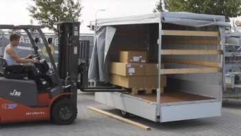 Video demonstratie Eduard plateauwagen 5x2 meter met laadvloerhoogte van 63 cm
